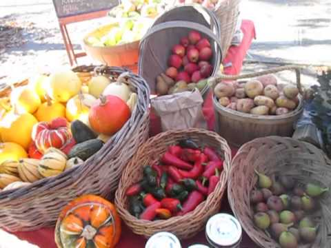 Duck Creek Farm  Organic Produce @ The Farmer's Market on Salt Spring Island