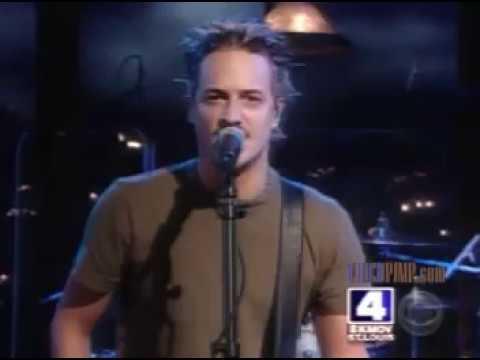Fuel - Falls On Me (Live On Killborn) 2003