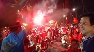 Bão ở Sài Gòn trận chung kết đội tuyển Việt Nam - Malaysia - 2018, TPHCM ăn mừng trận chung kết