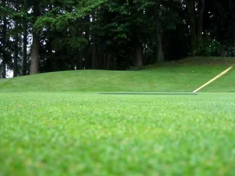 How to use a Stimpmeter to measure putting green speed on a golf course. Green Speed 10.9.