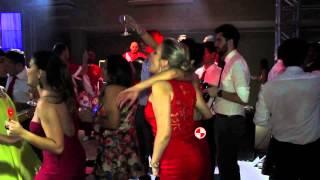 Apito de Metre Realizou um Show de Bateria de Escola de Samba no Clube Regatas