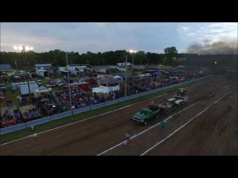 2016 MALL CALLAND TRUCK AND TRACTOR PULL DRONE VIDEO MAY 21, 2016