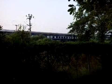 Late running WAP-4 12404 Mathura - Allahabad express crawls.