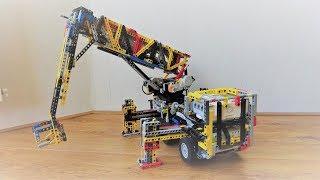 LEGO Mindstorms - Aerial platform truck (Cherry picker)