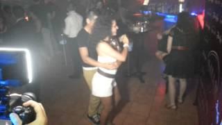 noemi merino bailando salsa y bachata