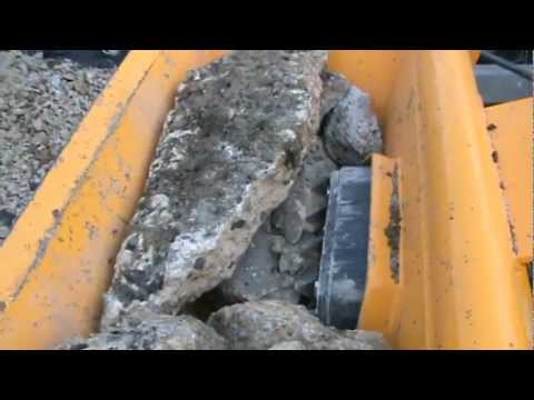 RMC ~ HCB-ML Concrete & Rubble Crusher Bucket running on an Avant 635