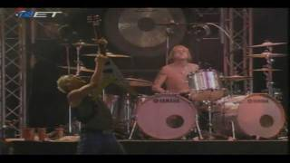 Scorpions-Rock You Like a Hurricane (Live In Athens Greece 2005)