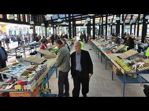 Report TV - Pazari i Ri, vizitorë vendas e të huaj, tregtaret të kënaqur