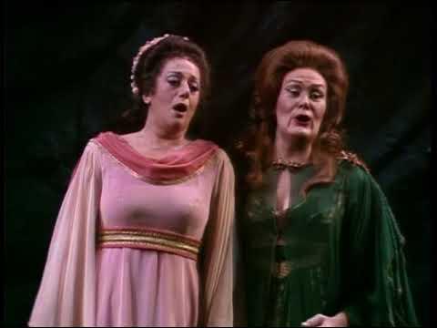 Tatiana Troyanos sings Adalgisa's C6 while dame Joan Sutherland stares her strangely