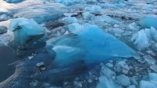 Vatnajökull glacier at Iceland taken by a drone ドローンで撮影したアイスランドのヴァトナヨークトル氷河