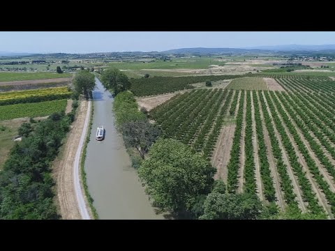 You are here - The locks and barges of France's Canal du Midi