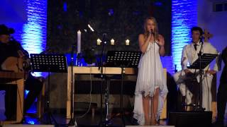Emilie - O Holy Night (LIVE) - Coming Home For Christmas 2014