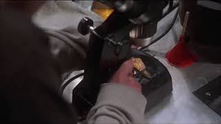 Эксперимент на мышонке ... отрывок из фильма (Факультет/The Faculty)1998