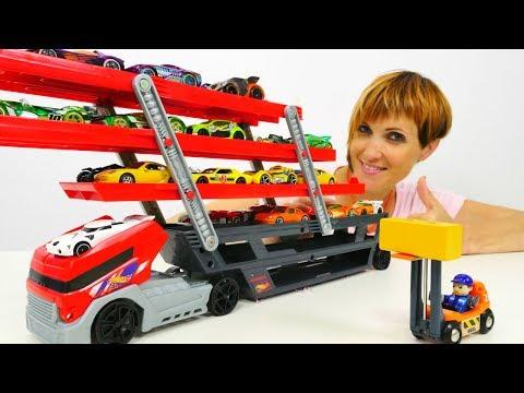 Видео: Хот вилс машинки и АВТОВОЗ - распаковка игрушек с Машей