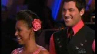 melanie b dancing with the stars episode 2