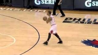 Derrick Rose Two Handed Dunk vs Hawks 3/22/11