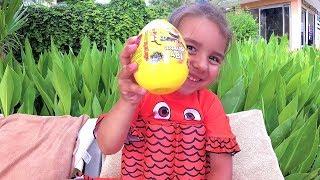 Распаковка. Happy Milka открывает большое Яйцо. Kids Video