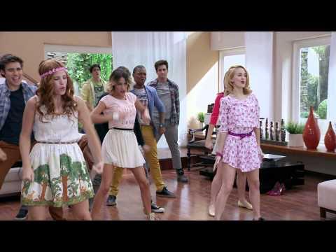 Disney Channel España | Videoclip Violetta - En gira ep.222