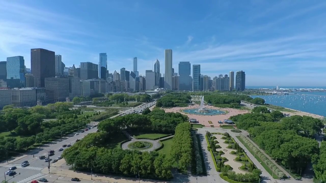Chicago Grant Park Near Buckingham Fountain