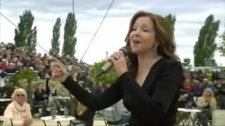Vicky Leandros L Amour Est Bleu Fernsehgarten 15 5 2016