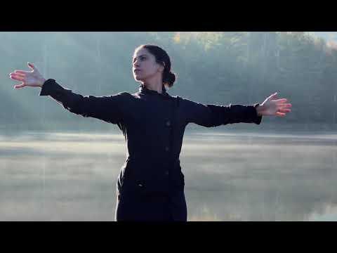 E M E L - Insanity (Official Music Video)