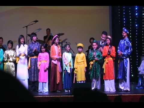 Part 2. The Friends - MC Dai Duong  & Thieu Nhi The Friends