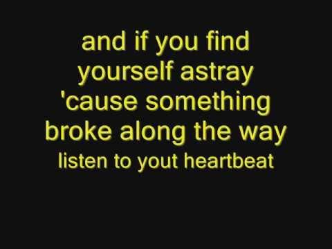 Клип Sofi de la Torre - Heartbeat