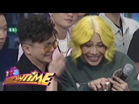It's Showtime Cash-Ya: Vice Ganda receives a text message from Cory Vidanes