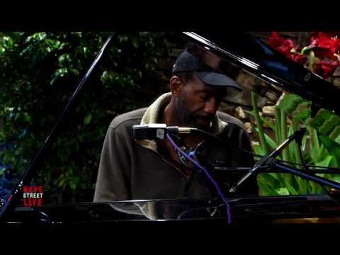 Kevin Robinson Piano