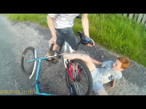 Дтп, велосипеды, отрезало пол пальца