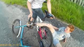 Дтп, велосипеды, отрезало пол пальца(, 2016-06-13T20:04:03.000Z)