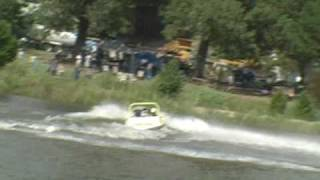 sprint boat jumping