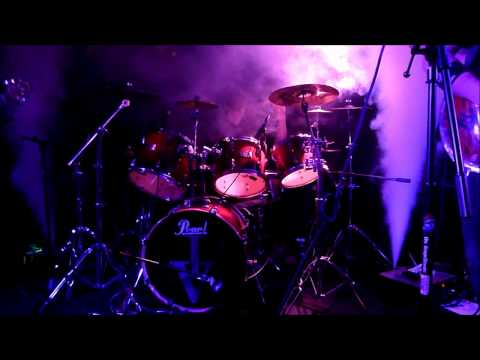 Tyler Morgan (IRVINE) - Awesome Drum Solo (Live Co...