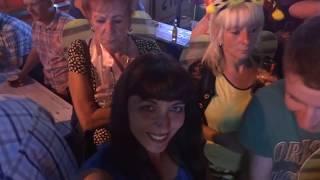 Португалия, Как Развлекаются Англичане Ночью в Албуфейре(Португалия Алгарве, самая сумасшедшая ночная жизнь города Албуфейра, Алгарве, Подписывайтесь на весёлый..., 2016-06-11T06:30:00.000Z)
