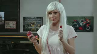 Приколы 2020 на СТО: чем расплатится блондинка за ремонт авто? Автоэлектрик в шоке! | Смехотерапия