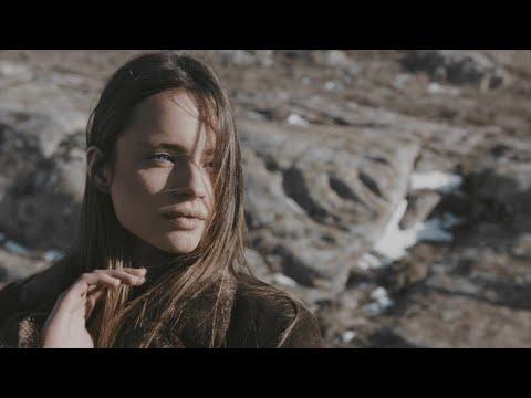 Andrei & Cristina Bejenaru și Orchestra Rapsozii Moldovei - Asa e dragostea from YouTube · Duration:  2 minutes 16 seconds