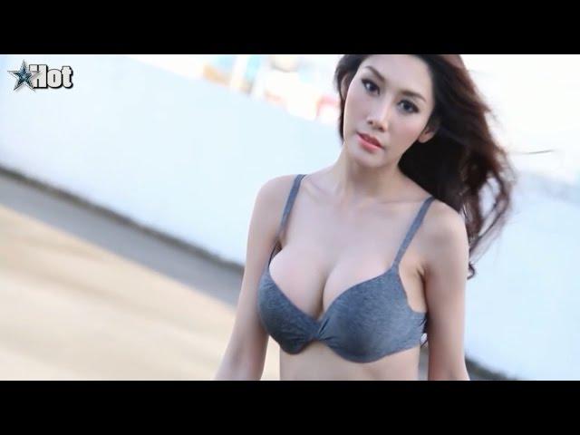Cantik & Hot - Model Majalah Dewasa...