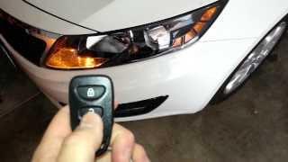 2013 Kia Optima - Testing New Key Fob Battery - Parking Lights Flashing