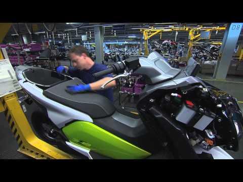 BMW Group Berlin Plant scene5 hd