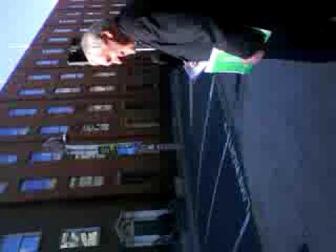 Bertie skulks away from Dail NAMA debate early.