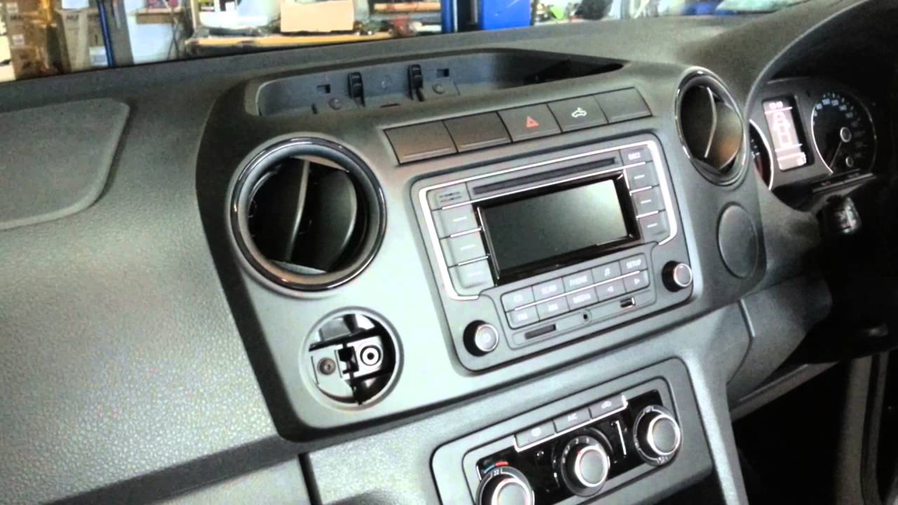 how to remove the radio from a vw amarok youtube. Black Bedroom Furniture Sets. Home Design Ideas