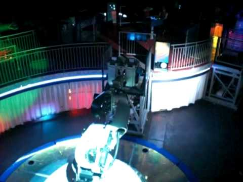 danse avec les robots futuroscope 2012 youtube. Black Bedroom Furniture Sets. Home Design Ideas