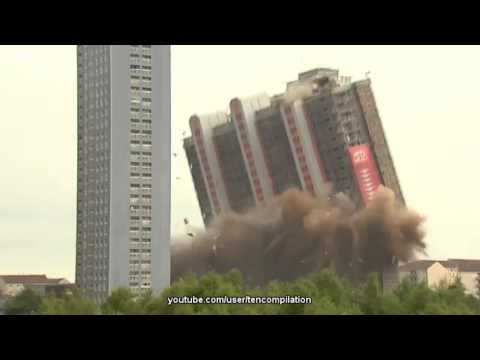 Смотреть Подрывы и падения многоэтажных зданий и жилых домов. онлайн