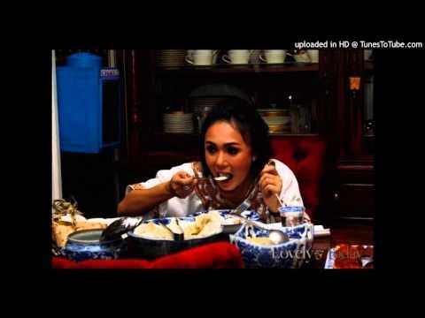Yuni Shara - Tuhan Jagakan Dia (Office Video)