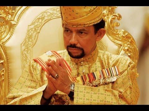 Самый богатый правитель на планете режет Курбан