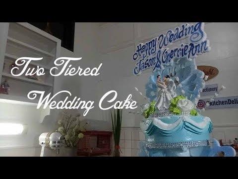 cake-decorating-tutorial-two-tier-wedding-cake