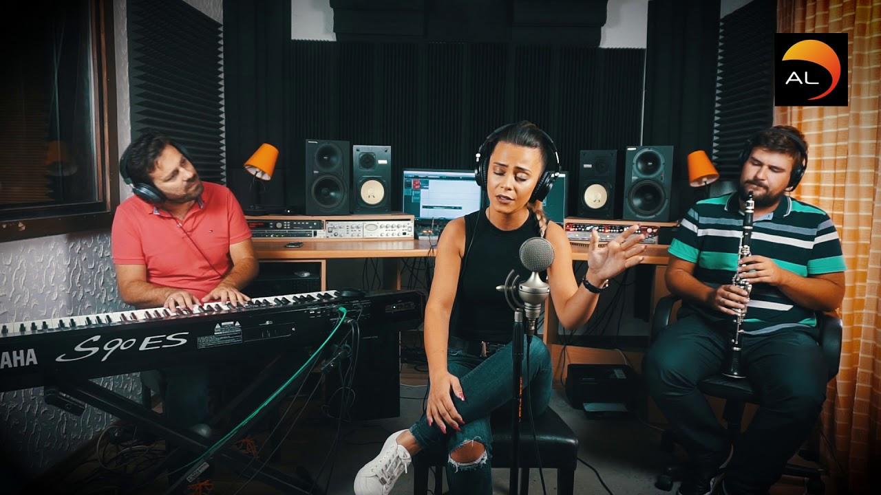 Download Emina Tufo - Samo ne daj Boze (Live)