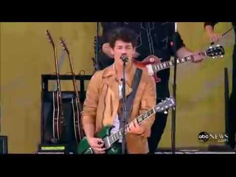 Jonas Brothers Paranoid  On Good Morning America