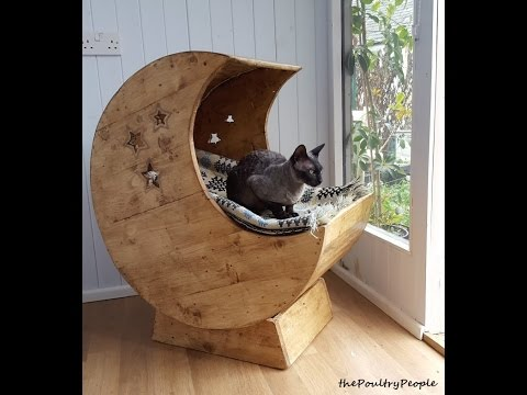 Pallet Wood Furniture Projects - DIY Moon Cradle for Cats ...
