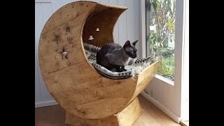 Cool woodworking project that you can make in a weekend! Moon cradle all from recycled pallets wood using basic workshop ...